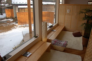 sakura-w2.jpg